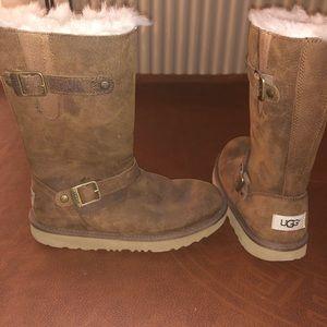 Brown fur Ugh boots